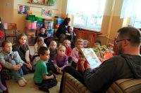 """Czytaj więcej: Spotkanie z baśnią w """"Szkole Marzeń"""""""