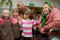 Czytaj więcej: Seniorzy dzieciom