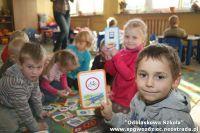 """Czytaj więcej: """"Odblaskowa szkoła"""" w Zespole Szkoły Podstawowej i Przedszkola w Gwoźdźcu"""