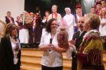b_250_100_16777215_00_images_stories_2010_news10_upominek_dla_burmistrz_jaszfenyszaru.jpg